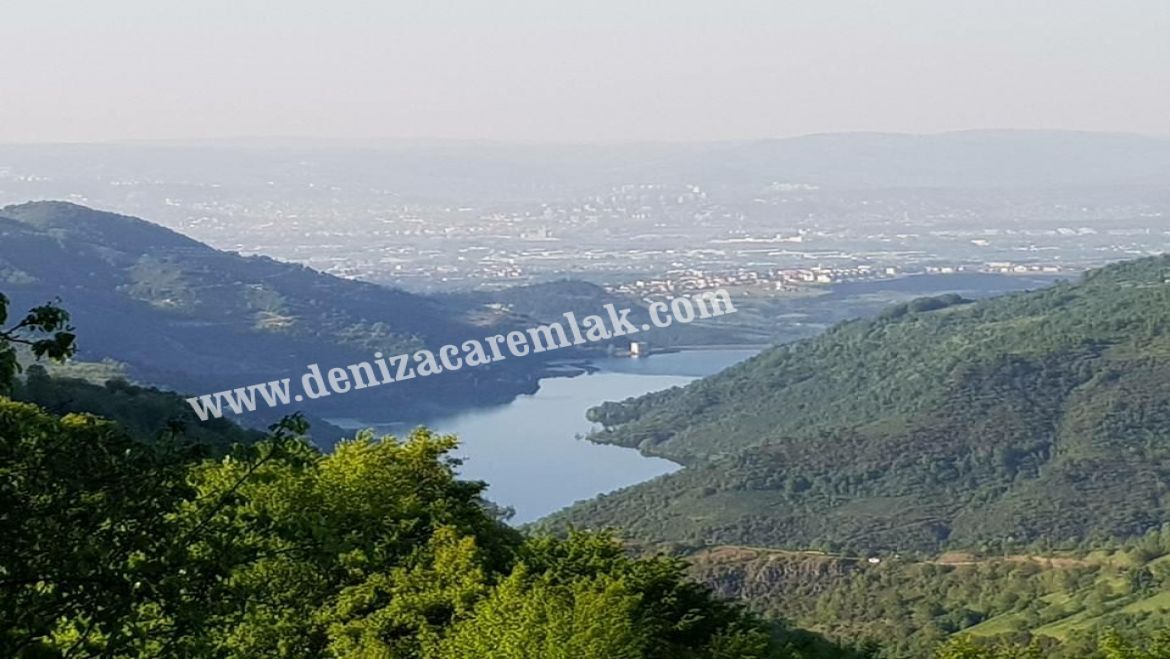 Kocaeli Başiskele Lake View in Yuvacık Land For Sale