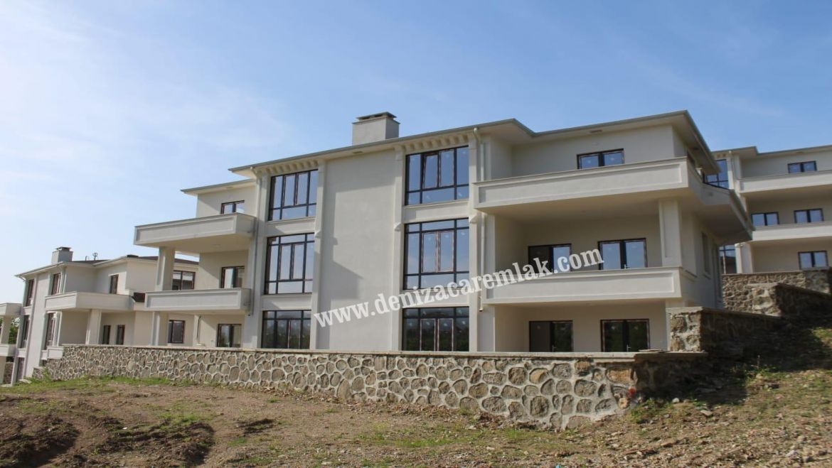 Kocaeli Başiskele NATURE AND SEA VIEW IN AYAZMA Villa For Sale